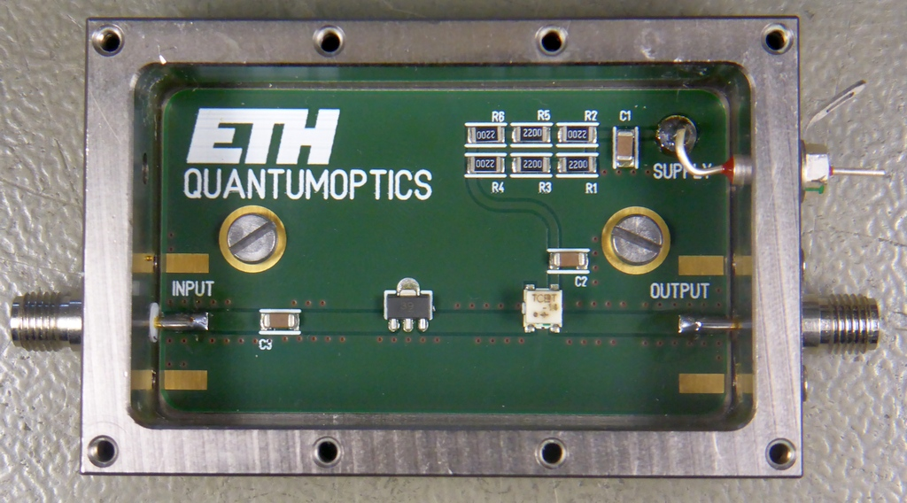 Broadband UHF Amplifier with a GALI-39+